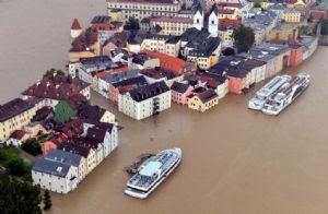 Una vista aérea de las inundaciones que afectan a la ciudad de Passau en Alemania. Las lluvias han hecho crecer los ríos y los lagos.