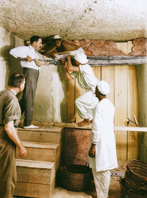 Οι χιλιάδες θησαυροί στον τάφο του Τουταγχαμών και η απομάκρυνσή τους που κράτησε 8 χρόνια