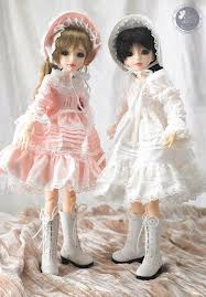 Two Cute Friends Dolls - Download cute pics - Cute facebook profile