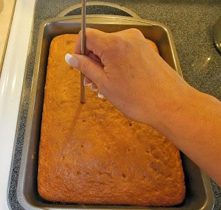 How to make a jello poke cake