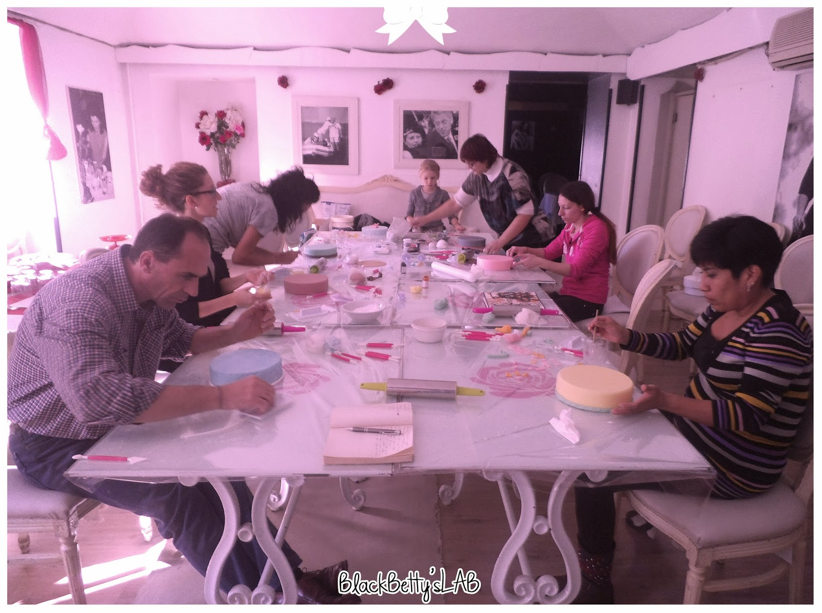 BlackBetty sLab: Corso Base di Cake Design - 16 Novembre