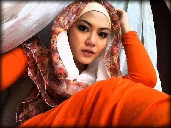 Gambar Biodata Anis Kekasih Baru Sharnaaz Ahmad