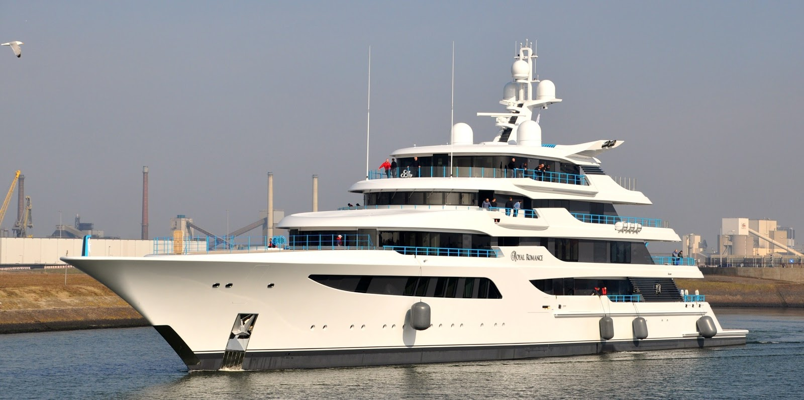 ROYAL ROMANCE Superyacht