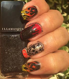Illamasqua Creator Moyou London, Roxy 01 Twinled T Vinyls Halloween Manicure