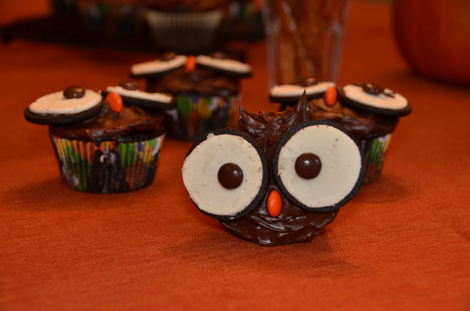 Owl Cupcakes Chocolate Buttons