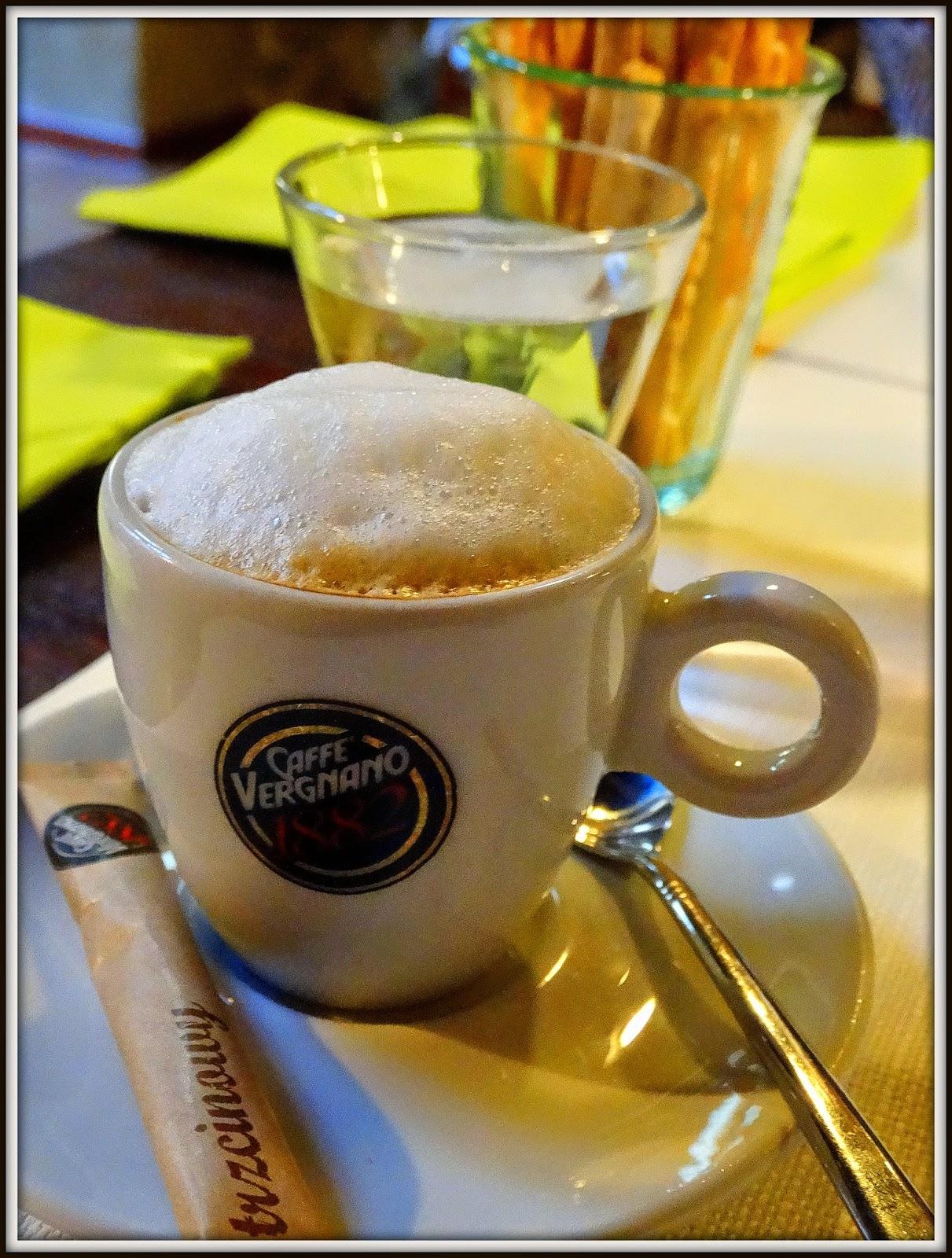 Del Papa, kawa espresso, z mlekiem