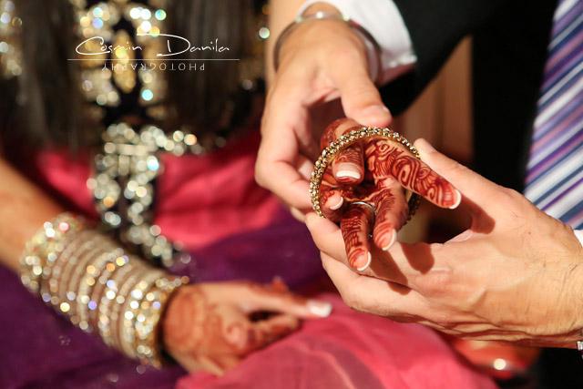 Mehndi Ceremony Rituals : Sharon jas and their vatna mehndi sangeet jaago
