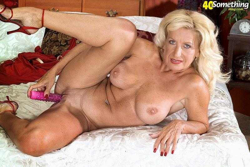 Southern charms julia butt