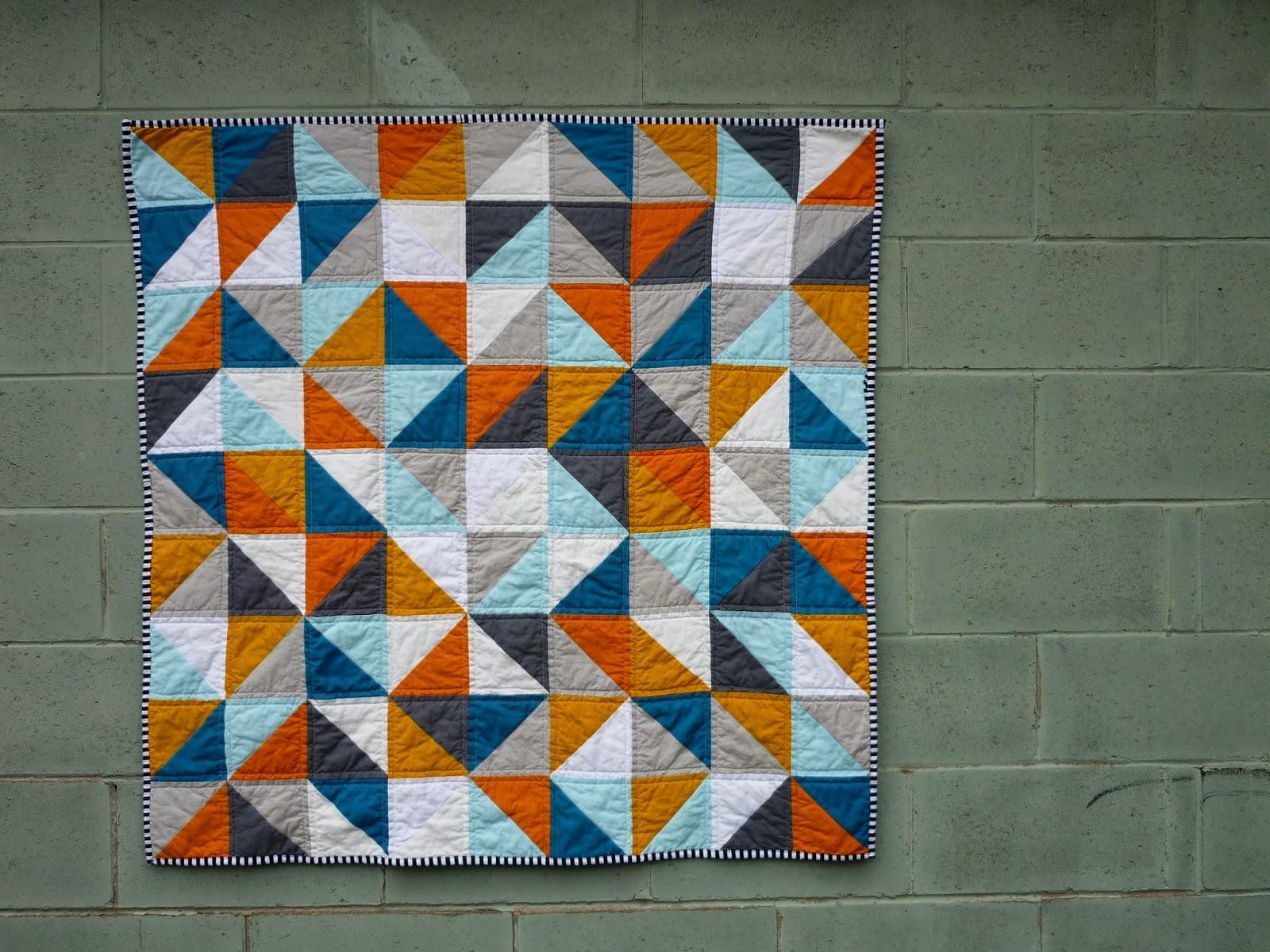 chezzetcook modern quilts: HST Baby: A Finish : hst quilt - Adamdwight.com