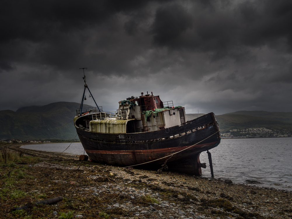 Photo of corpach boat in colour
