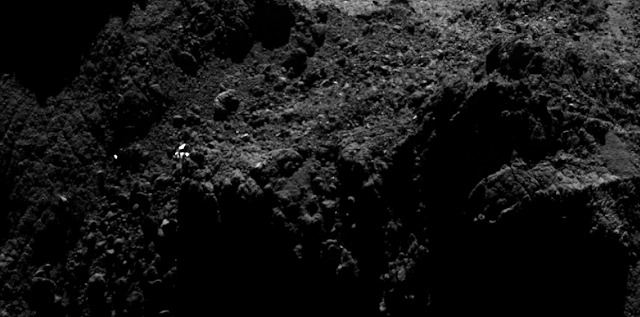 Is the bright spot really the Philae lander? Credit: ESA/Rosetta/MPS for OSIRIS Team MPS/UPD/LAM/IAA/SSO/INTA/UPM/DASP/IDA