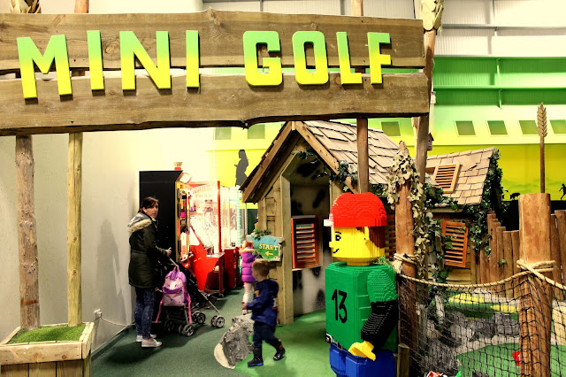 mini golf in bluestone wales adventure centre