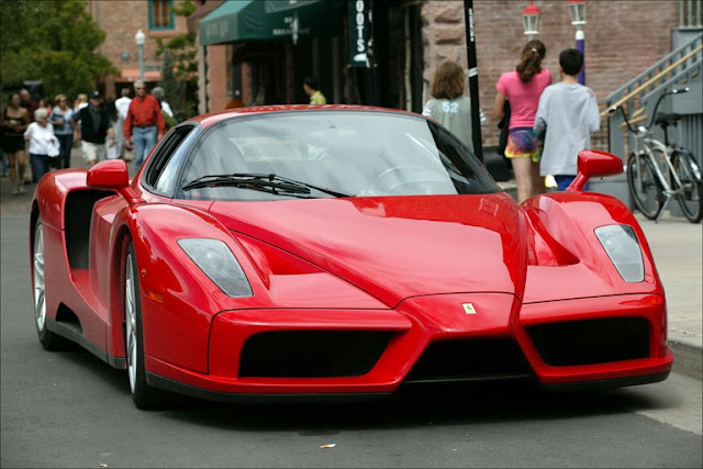 Gambar Mobil Sport Ferrari Enzo 17