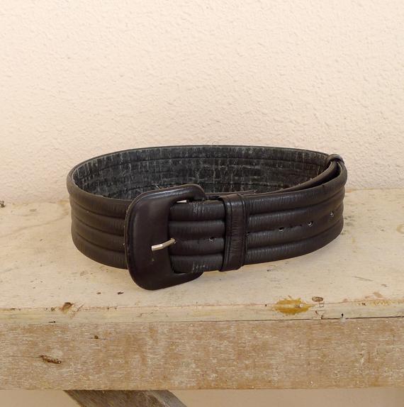 vintage belt like kim kardashian's alaia belt