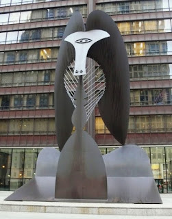The Picasso sculpture in Daley Plaza.