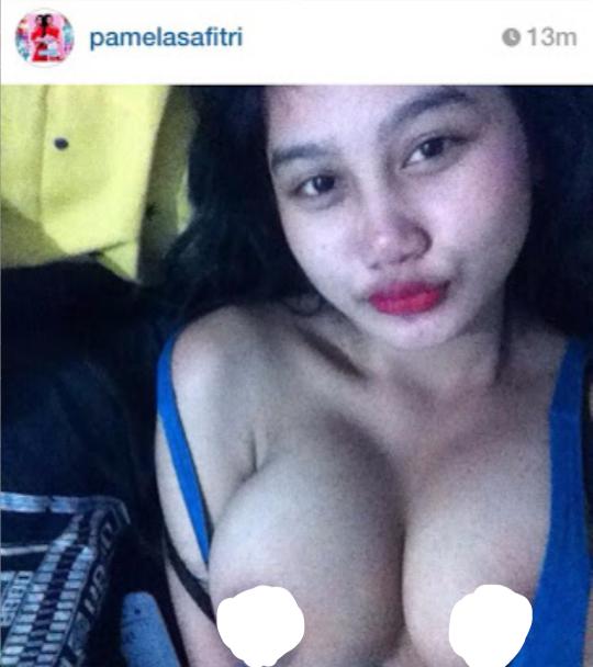 foto bugil topless pamela safitri yang suka ngentot