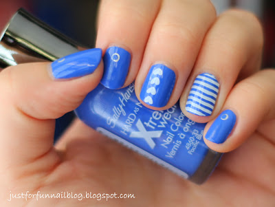 Sally Hansen 420 - Pacific Blue