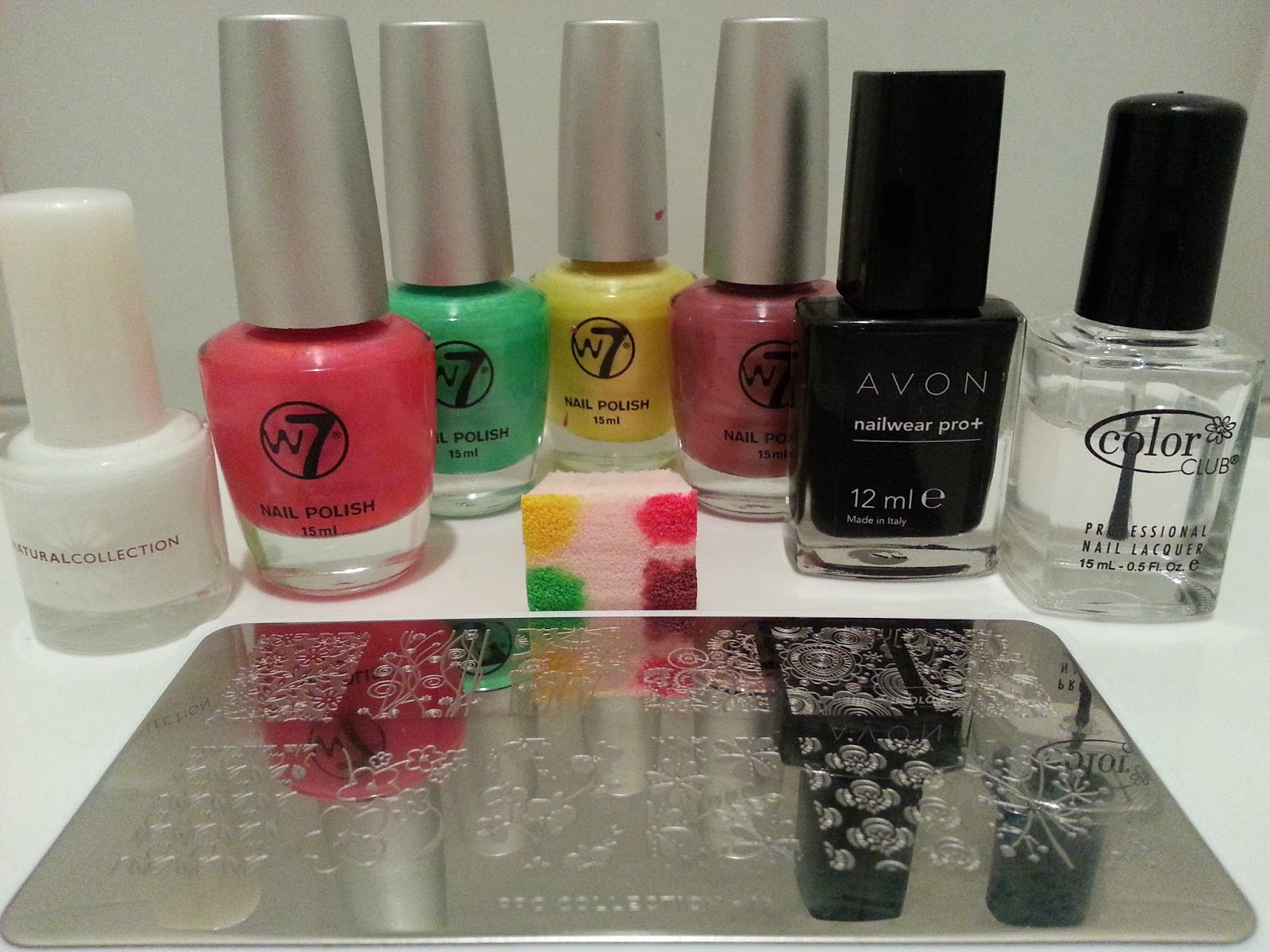 neon-floral-nail-art-designs
