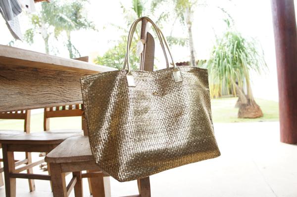 Bolsa Dourada Look : Eu sou estilosa bolsa dourada
