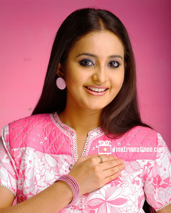 Top 99 Female: Bhama sexy South Indian Actress
