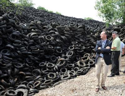 montanha de pneu