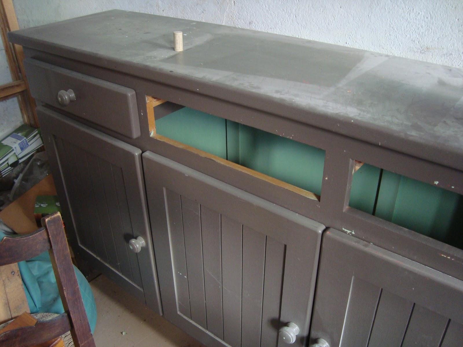 Orties et coquelicots deuxi me vie d 39 un meuble for Teindre un meuble deja teint
