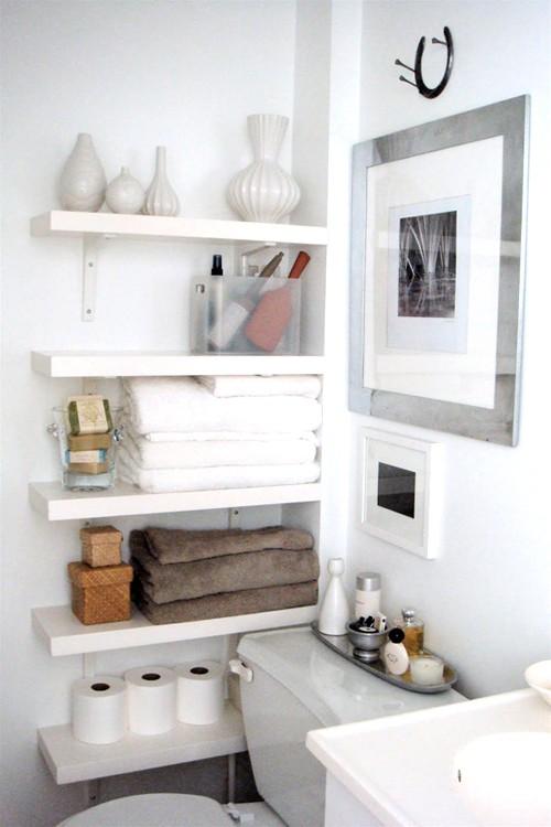 lush interiors auch kleine badezimmer k nnen entz cken. Black Bedroom Furniture Sets. Home Design Ideas