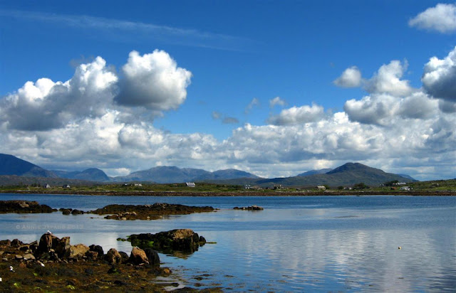 ocean, mountains, Roundstone © Annie Japaud Photography