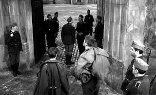 Entrada a la prisión