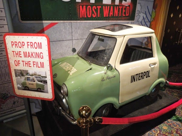 Muppets Most Wanted Le Maximum Interpol car
