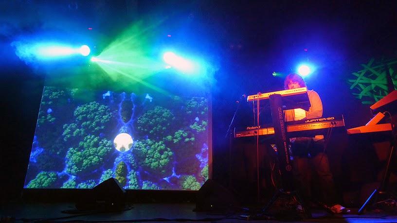 Bernd Kistenmacher live @ Electronic Circus 2014 / photo S. Mazars