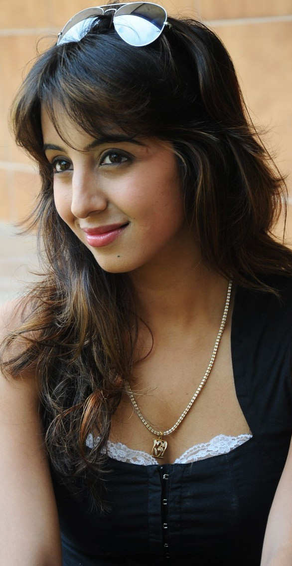 586 x 1134 jpeg 59kB, Gorgeous Actress | New Calendar Template Site