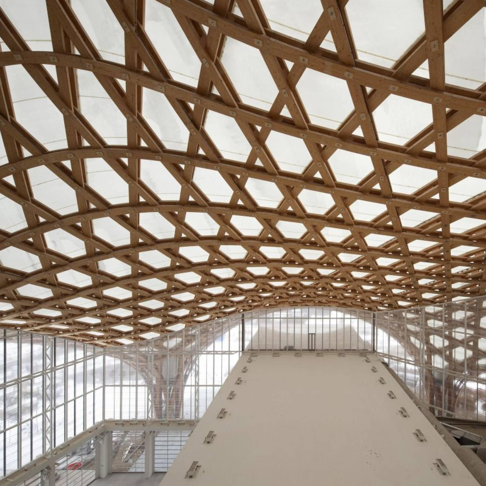 Architecture now and the future centre pompidou metz by for Architecture ephemere shigeru ban