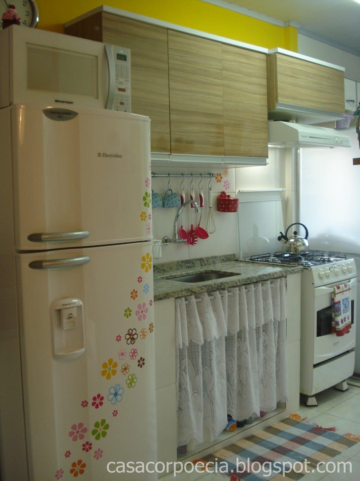 Truques da Manu: Cozinhas da vida real!! #5F492C 1200 1600