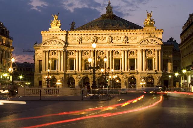 mua ve may bay di paris - Palais Garnier