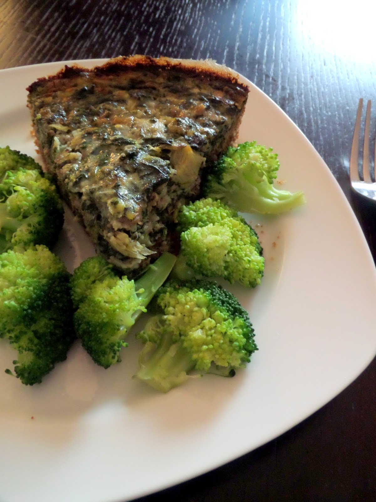 Spinach Artichoke Quiche:  A quiche packed with turkey sausage, cheese, spinach, and artichoke hearts.