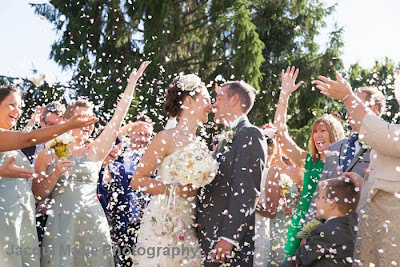 Bride and Groom, confetti, Steeple Court Manor, Botley, Hampshire