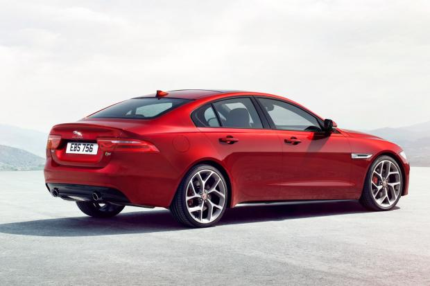 All New Upcoming Luxurious Sedan Jaguar XE 2015