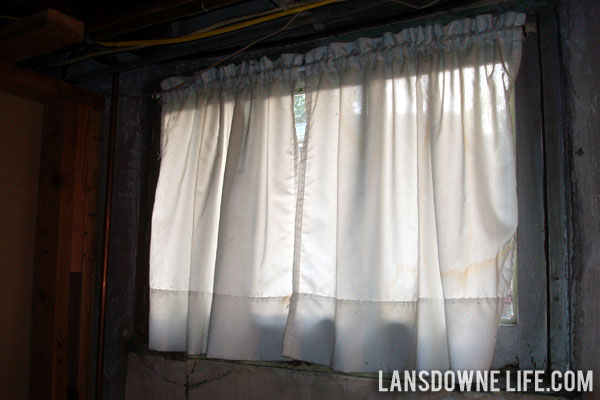 Clear Con Tact Paper Doubles As Frosted Glass Privacy Film Lansdowne Life