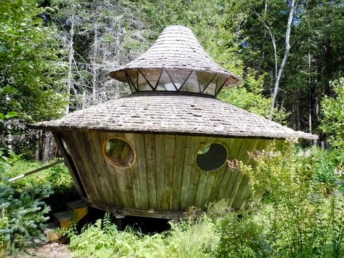 12-Big-Yurt-Small-Homes-Offices-&-Other-www-designstack-co