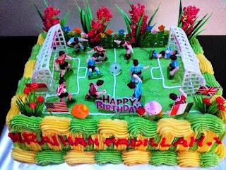 Kue Ulang Tahun Anak Laki-Laki Tema Sepak Bola