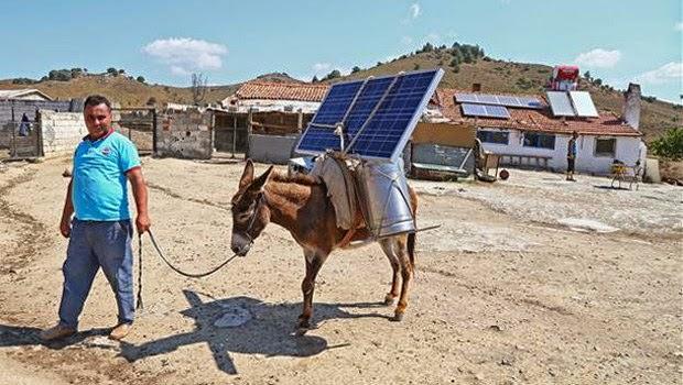 Ma poubelle est un jardin valise solaire presque made in ageria - Panneau solaire mobil home ...
