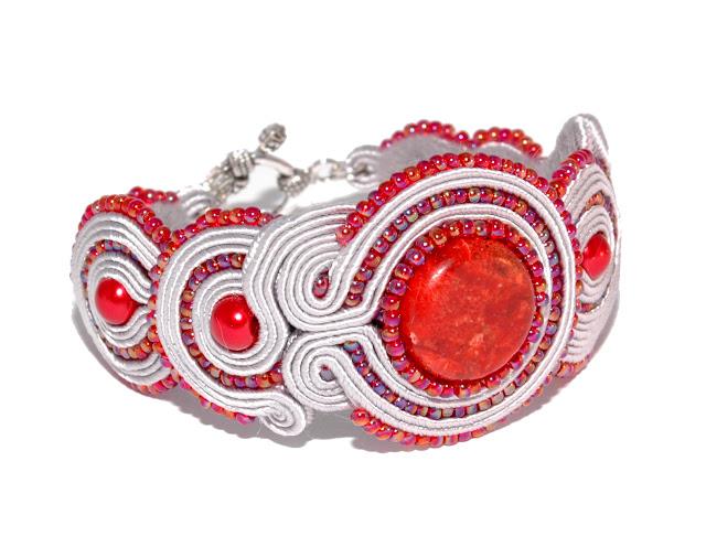 http://aukcje.wosp.org.pl/bransoletka-sutasz-soutache-srebrno-czerwona-i2606467
