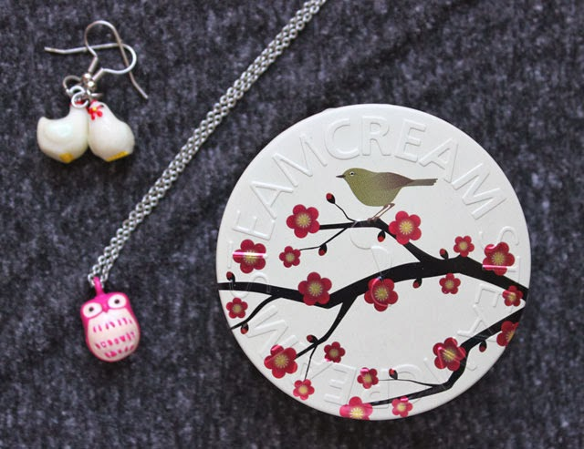 TEAMCREAM moisturizer tin Ume Ni Uguisu design owl necklace chicken earrings