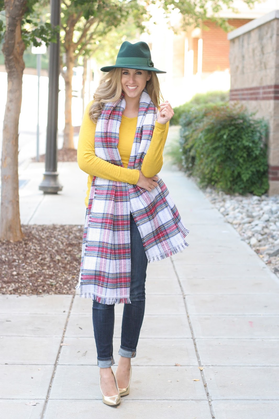 How_to_add_plaid_to_your_look