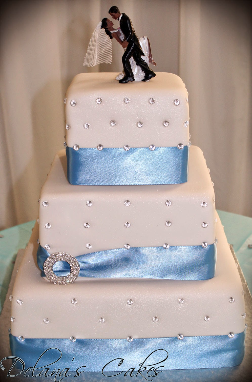 Delanas Cakes Diamante Wedding Cake