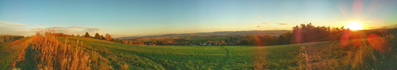 Kirriemuir panorama by Duncan Stephen