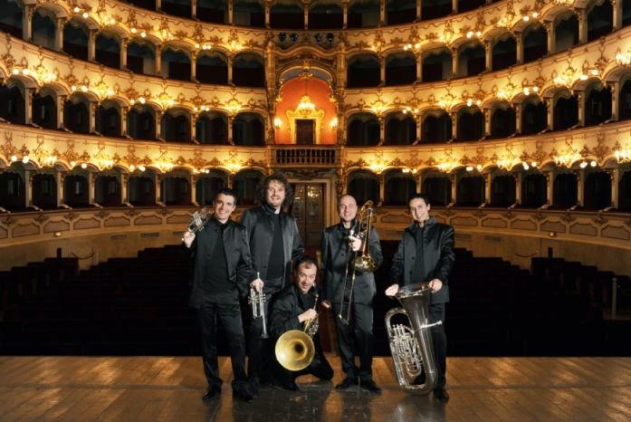 notturni in villa, al castello sforzesco di milano Gomalan Brass Quintet