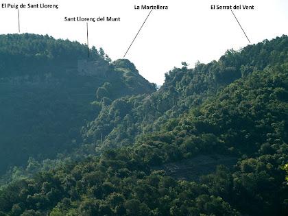 Sant Llorenç del Munt des de la torre de la M.A.T. del Serrat del Pi