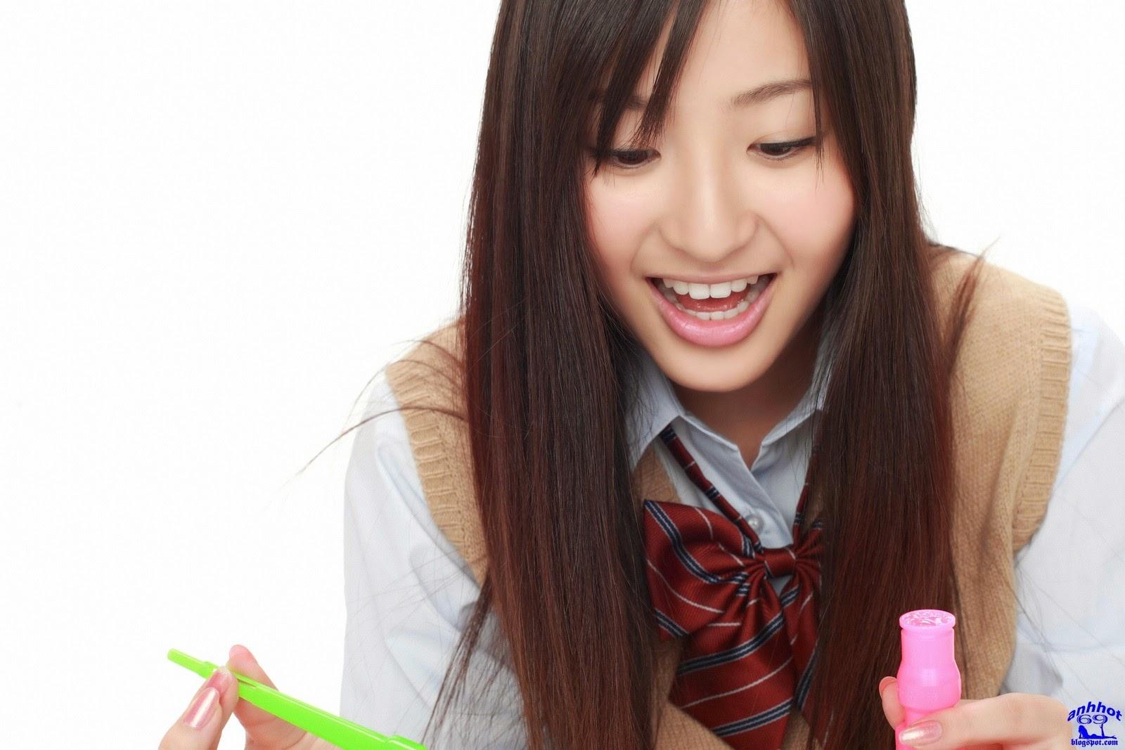 yuri-murakami-00562583